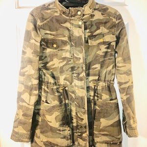 Women's Camouflage Jacket Forever 21
